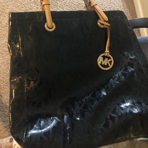 Patent Leather MK signature hand bag